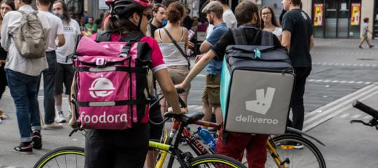 Perché i fattorini in bici diFoodoranon sono stati reintegrati o assunti