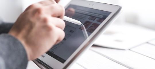 Ecco chi sono i leader online nelbankinge nelle telecomunicazioni
