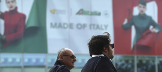 Alitalia: Calenda,Lufthansa ha migliorato l'offerta