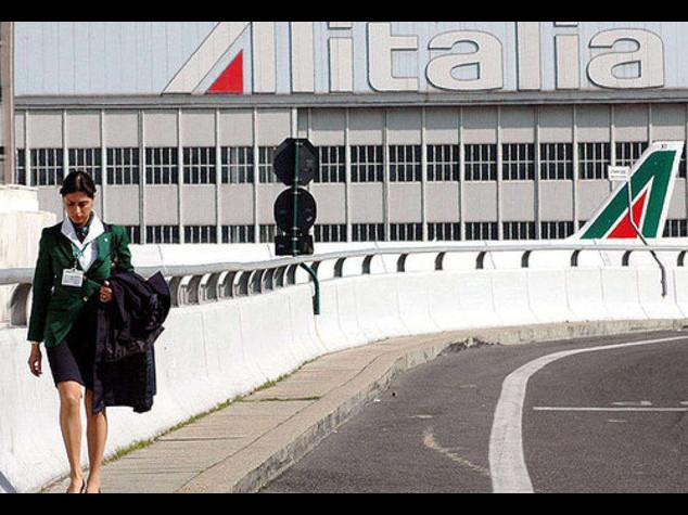 Alitalia: riprende il confronto. Angeletti, pensiamo di chiudere stasera