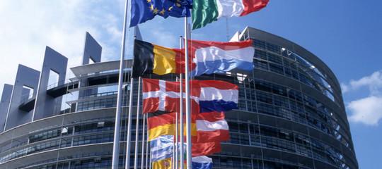 L'Ue condanna l'uso di armi chimiche, ma è scettica sull'attacco in Siria