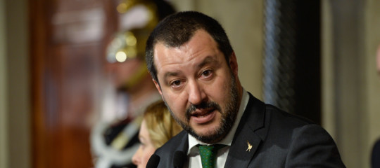 Salvini insiste sul punto (basta veti incrociati) e assume un atteggiamento zen