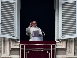 """Papa Francesco: """"Prego per Alfie. Rispettate la vita"""""""