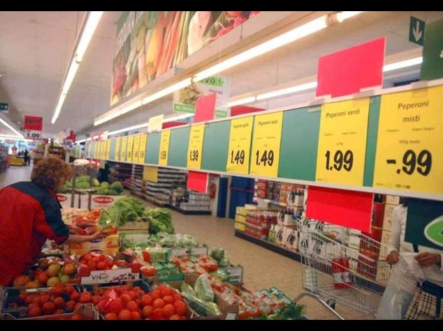 Istat, inflazione scende + 0, 3% minimo da ottobre 2009