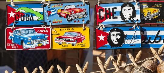 La fine della dinastia Castro a Cuba spiegata dai giornali