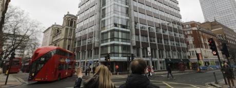 La sede di Cambridge Analytica a Londra