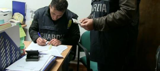 Frode fiscale: truffa da 15 milioni a Roma, 11 denunciati