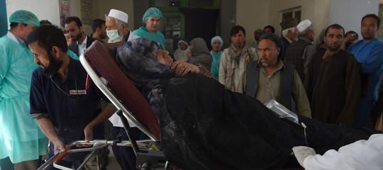 Afghanistan: attentato contro un centro elettorale a Kabul, almeno 9 morti