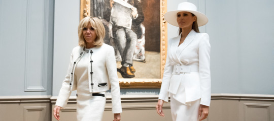 LadyTrumpe MadameMacron, la vera sfida è a colpi di bianco