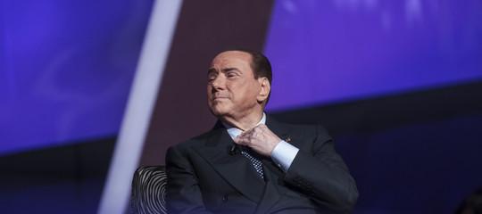 """Berlusconi: """"Davanti al M5scisi sente come gli ebrei davanti a Hitler"""""""