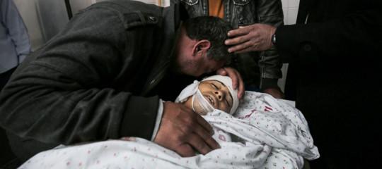 M.O.: Gaza, morto 15ennepalestinese ferito da fuoco israeliano