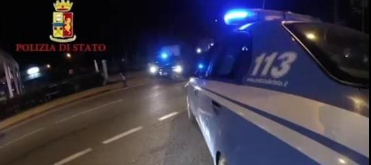 Ora per ora, la notte di violenze che ha sconvolto Milano