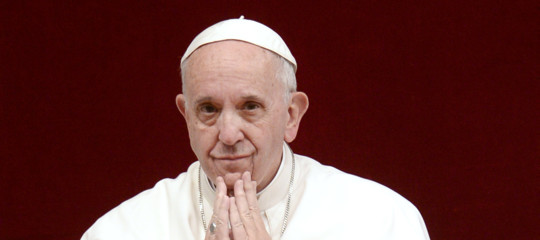 """Papa Francesco: """"Profondamente toccato dalla morte di Alfie"""""""