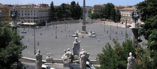 Roma: Codacons, Soprintendenza boccia tennis in piazza del Popolo