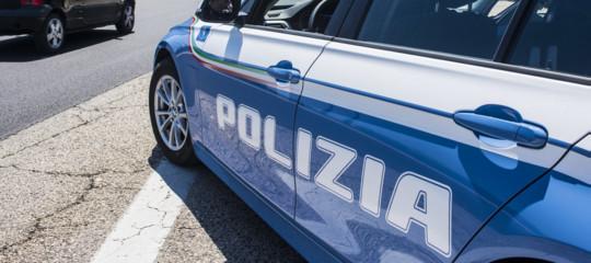 Incidenti stradali: scontro nel Materano, morta coppia; 4 feriti