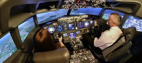 Il caschetto che legge le emozioni degli operai e dei piloti