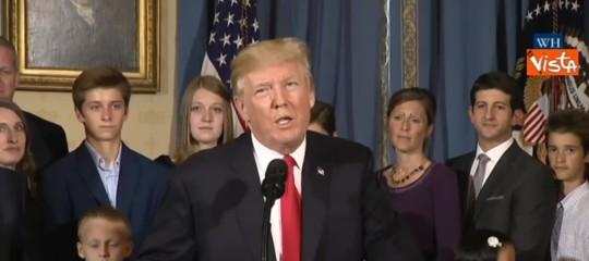 """Trump:campo neutro per incontro con Kim, """"possibileSingapore"""""""