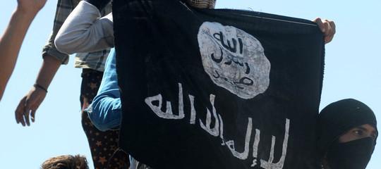 Marocchino espulso dall'Italia: voleva unirsi a milizie Isis