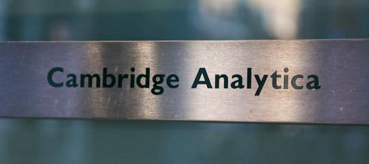 CambridgeAnalyticachiude. E i dati dove finiranno?
