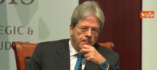 Gentiloni: preferirei non proseguire ma se Mattarella lo chiede...