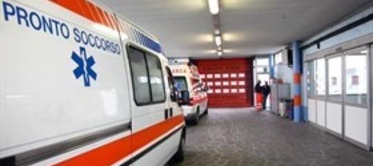 Avellino, studente rimproverato frattura il naso al prof