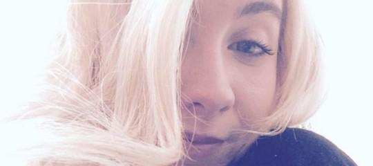 Strangolò e bruciò ex fidanzata, condannato in appello a 30 anni
