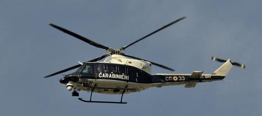 Smentita la cattura dell'uomo che ha ucciso due persone e ne ha ferite altre 3 in Calabria