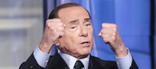 """Berlusconi tifa contro M5s-Lega: """"Metteranno la patrimoniale"""""""