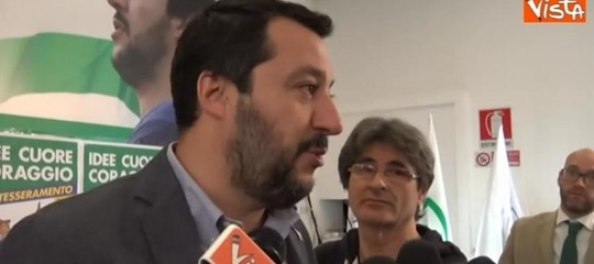 """Governo, Salvini: """"Un nome solo per il premier, non ci portiamo squadra..."""""""