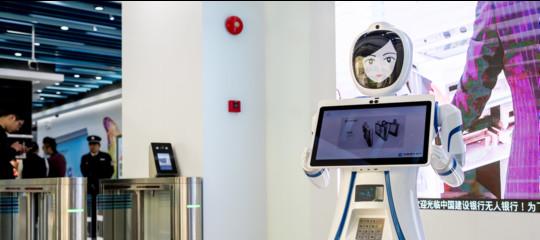 E' successo: un robot ha preso il posto di un bancario. In Cina