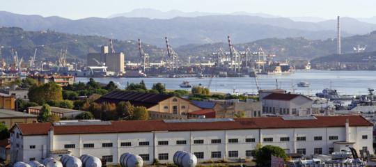 Incidente al cantiere navale di La Spezia, morto un operaio