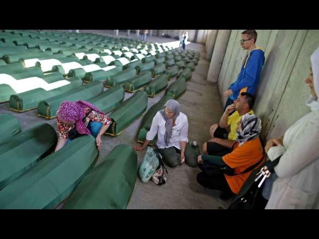 Dutch court declares the state guilty over Bosnia massacre