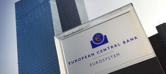 Bce: monitoriamo lo spread italiano
