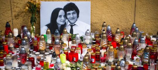 La polizia slovacca ha sequestrato il telefono di una collega del giornalista ucciso