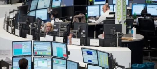 Borse europee aprono contrastate: bene Parigi e Londra, giù Milano