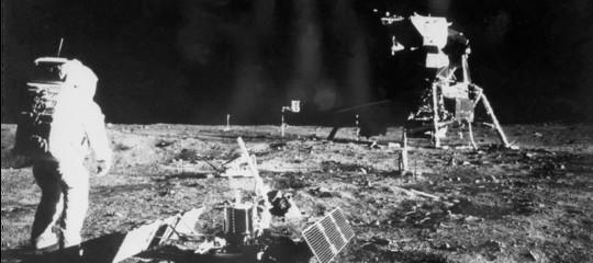 La Cina vuole essere la prima a 'mettere piede' sul lato oscuro della Luna