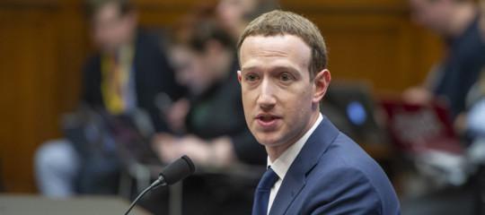 """Zuckerberg si scusa al Parlamento Ue: """"Mai più caso Cambridge Analytica"""""""