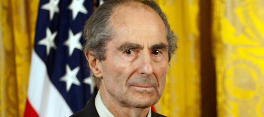 È morto aManhattanlo scrittore PhilipRoth, aveva 85 anni