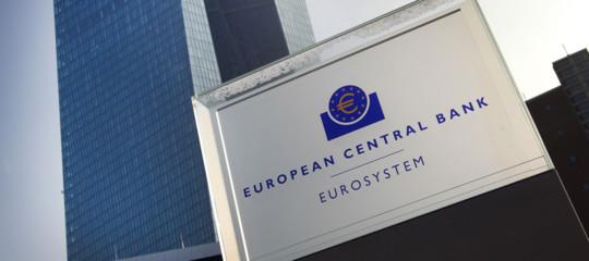 Bce: non allentare sforzi bilancio, a rischio anche l'Italia
