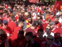 Liverpool-Real Madrid, la 'marea rossa' invade le strade di Kiev