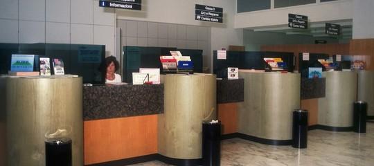 Ricordate il leggendario posto in banca? Non esiste (quasi) più. Un'analisi
