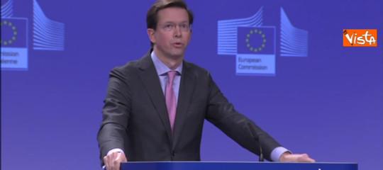 Governo: Ue, nessuna interferenza, la decisione spetta all'Italia