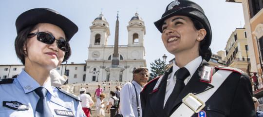 Perché i poliziotti cinesi sono tornati a pattugliare 4 città italiane