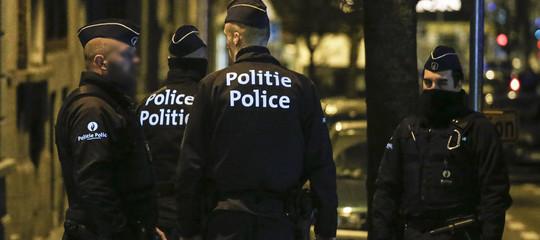 Belgio: spari a Liegi, 2agenti uccisi, aggressore bloccato