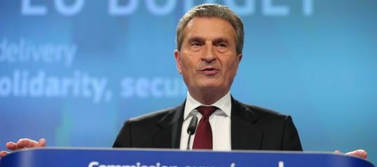 """Governo: Oettinger si scusa. """"Non volevo mancare di rispetto"""""""