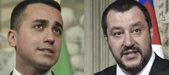 C'è una nuova ipotesi di governo giallo-blu (senza Savona all'Economia)?