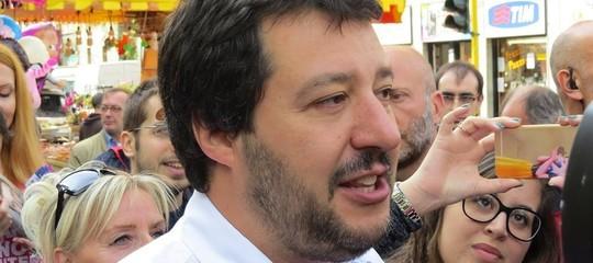 """Governo, Salvini: """"Non mollo, noi alla guida del Paese ci andiamo"""""""