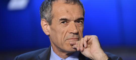 Cottarelli rimette il mandato, Conte convocato al Quirinale alle 21