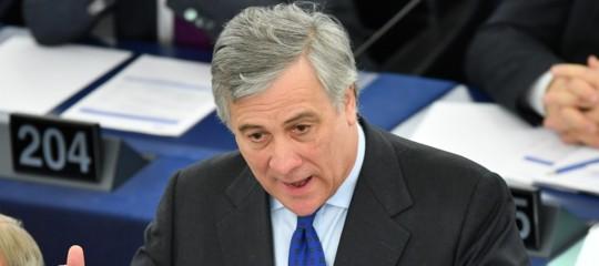 """Tajani replica a Juncker: """"Parole inaccettabili, smentisca subito"""""""