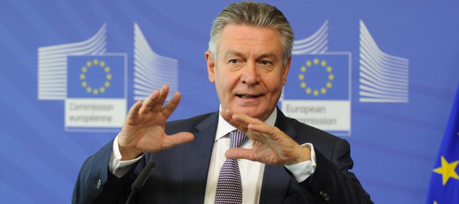 Un ex commissario ue attacca l 39 italia all 39 expo di - Ufficiale giudiziario pignoramento ...